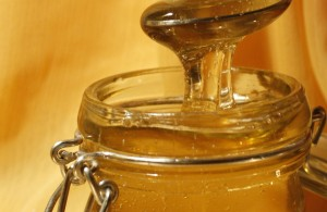 Лечение с пчелен мед