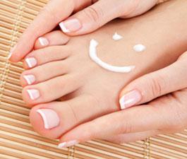 Билкови вани могат да ви избавят от изпотяване на краката
