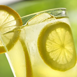 Тази напитка за отслабване и детокс върши чудеса
