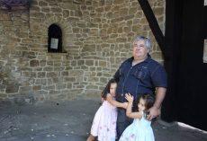 Внучките на Валентин Господинов: Молим Ви, спасете нашия прекрасен дядо!